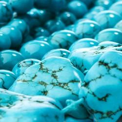 Бирюза – камень, популярный во все времена.