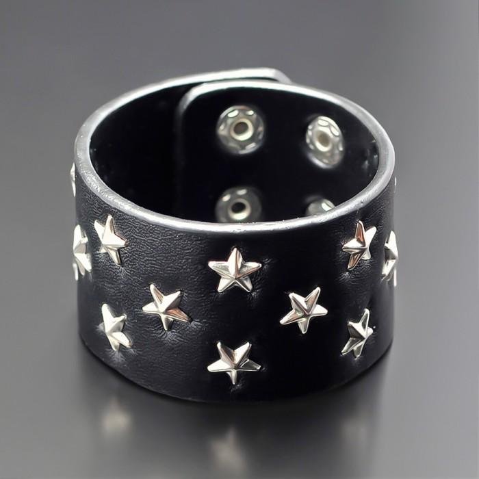 Браслет из pu-кожи с вставками в форме звезд.