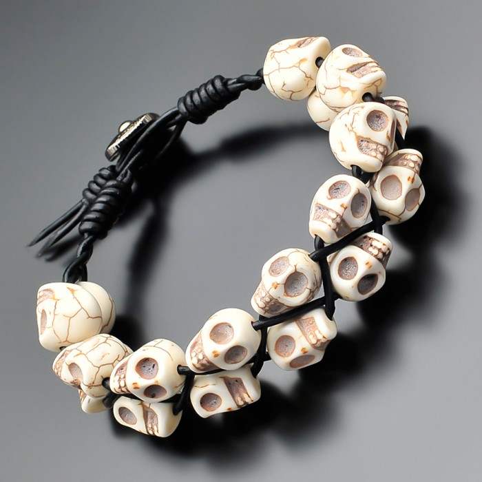 Мужской браслет в стиле Chan Luu. Говлит в форме черепа. Rico La Cara.