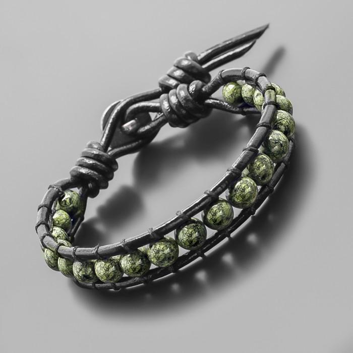 Кожаный браслет в стиле Chan Luu. Камень змеевик. Rico La Cara.