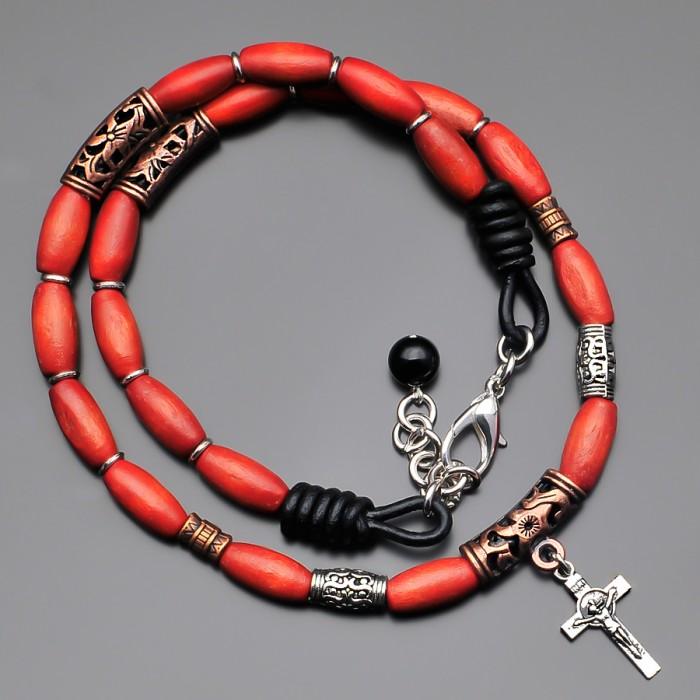 Чокер на шею с крестом и деревянными бусинами. Rico La Cara.