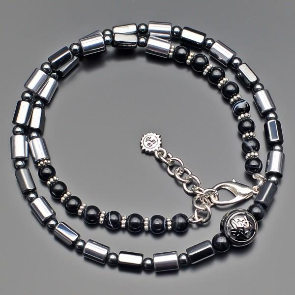Чокер Rico La Cara. Ожерелье на шею с камнями гематита стального цвета.