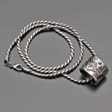 Цепочка с подвеской. Бижутерия под старинное серебро.