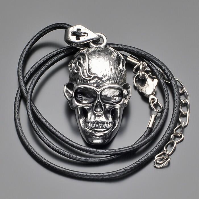 Мужское украшение, подвеска с черепом. Бижутерия из стали.