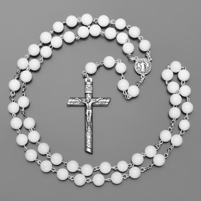 Розарий с крестом , бусы из камней белого агата. Бижутерия Rico La Cara.
