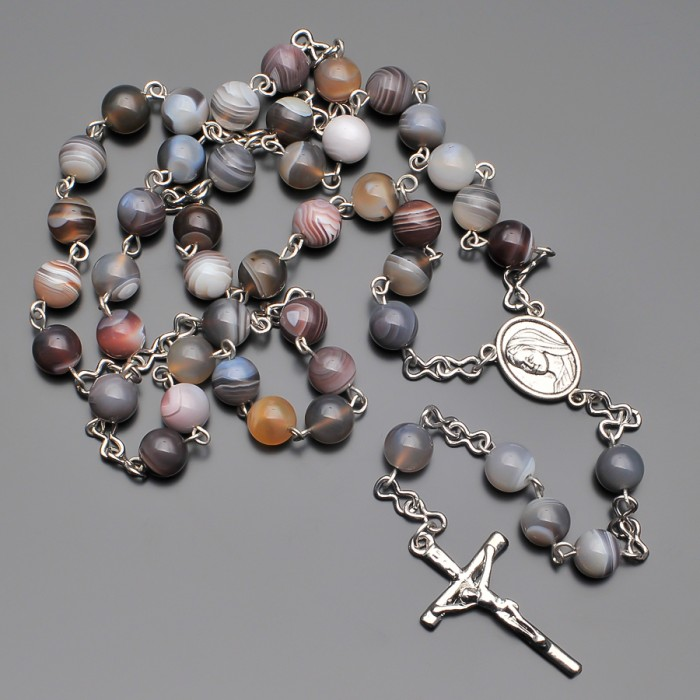Розарий Rico La Cara, бусы с крестом и камнями полосатого агата.