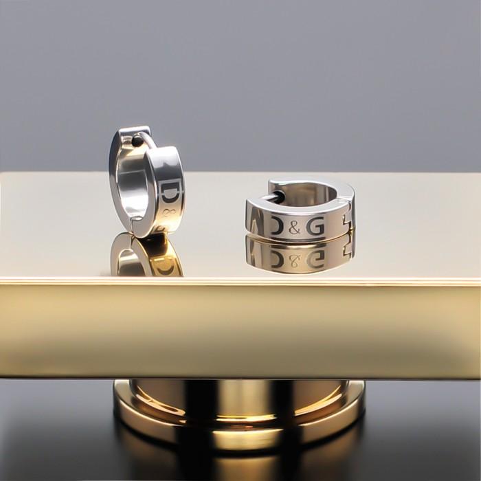 Серьги из ювелирной стали D&G.